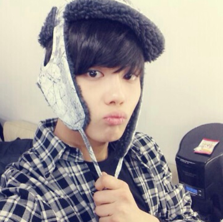 UK B.A.P: [PHOTO] Youngjae's Instagram Update 2014/02/18