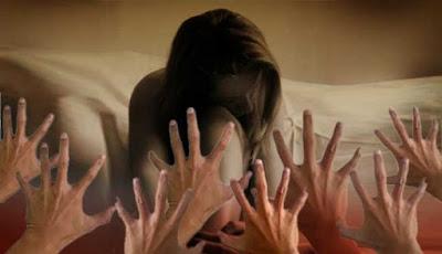 CERPEN Lucu : Seorang Nenek Di Perkosa Dibawah Kolong Jembatan... Dan Ini Hukuman Nenek Untuk Sang Pemerkosa. Polisi Pun Heran....