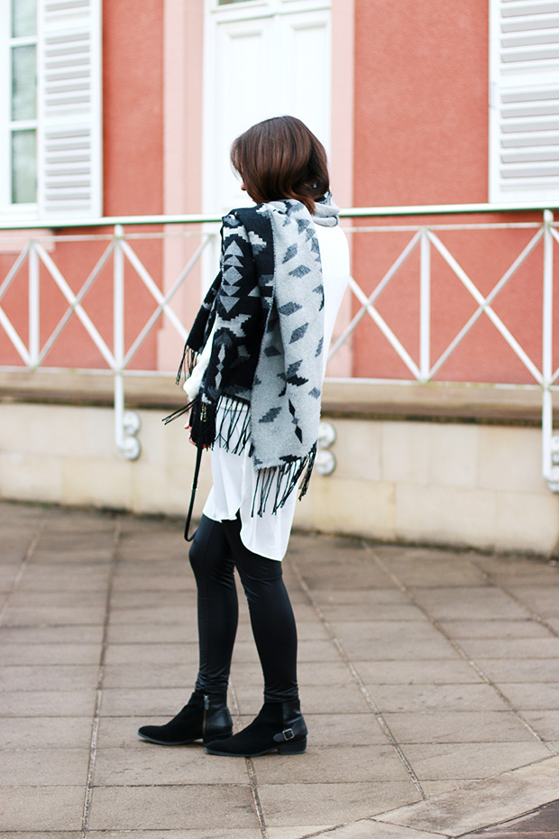 black and white stylish outfit