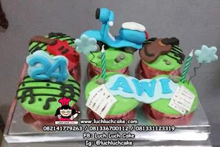 cupcake gitar dan vespa