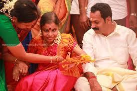Vaikom-vijayalakshmi-engagement-photo5