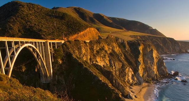 Serviço de aluguel de carro para uma viagem de Monterey à Los Angeles