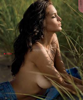 Jade-Lagardere-in-Maxim-Magazine-November-2017-6+%7E+SexyCelebs.in+Exclusive.jpg
