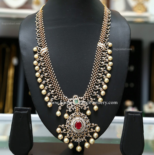 Pearl Drops Enchanting Diamond Necklace