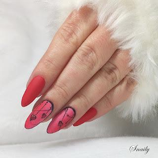 http://snaily-nails.blogspot.com/2018/02/serduszka-na-ancuszkach.html