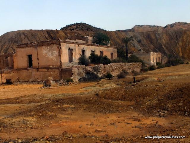 casas abandonadas en la mina de mazarrón