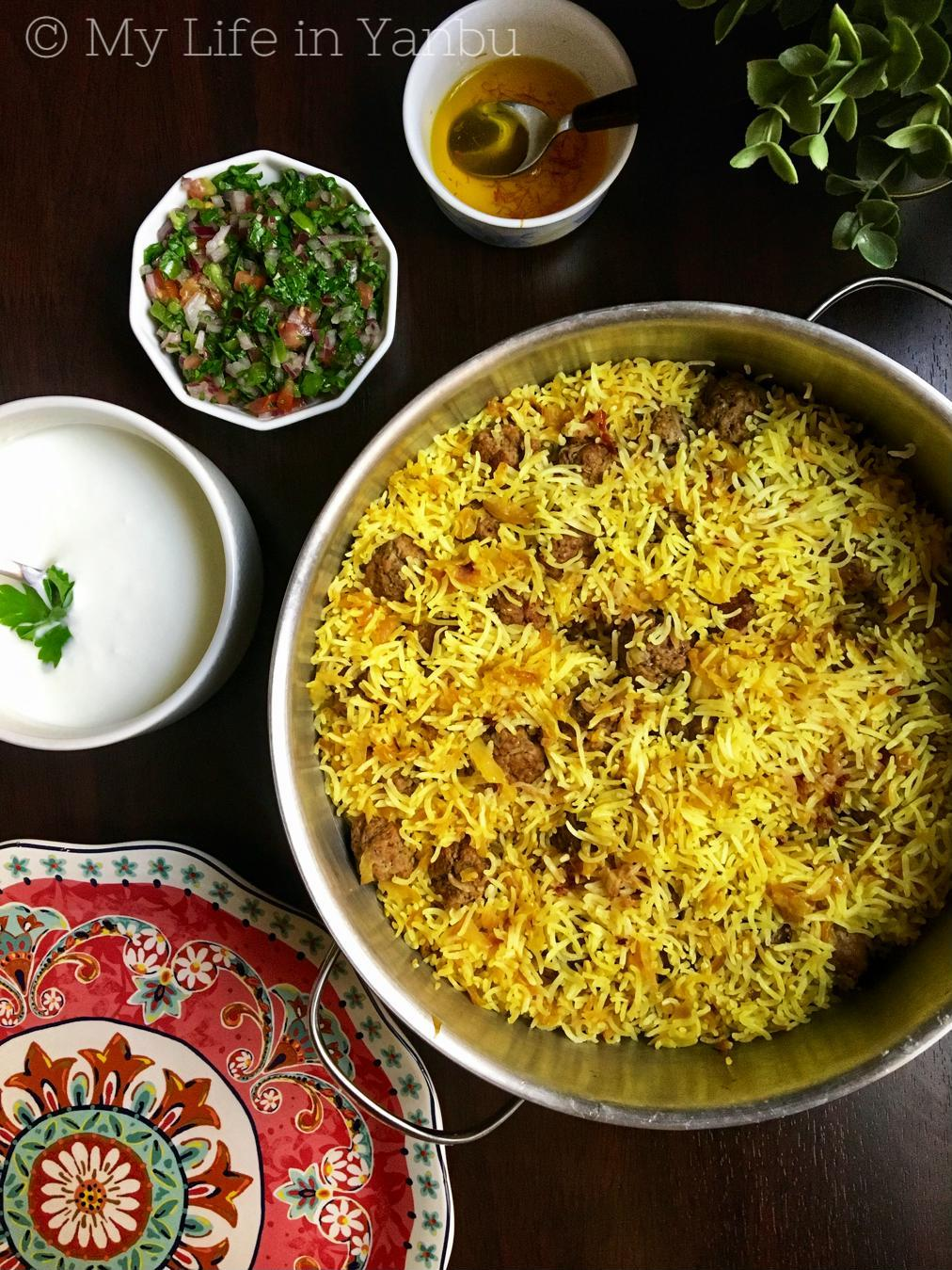 Kalam Polow Ba Zafaran and Kofte | Cabbage Rice With Saffron and Meatballs
