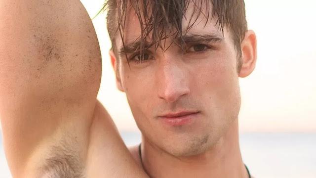 Surfer Solo – Luke Wilder