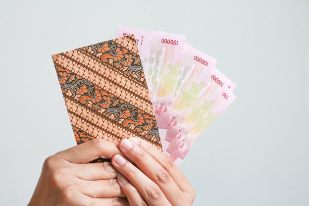 Cara Ampuh dan Bijak Dalam Menggunakan Uang THR