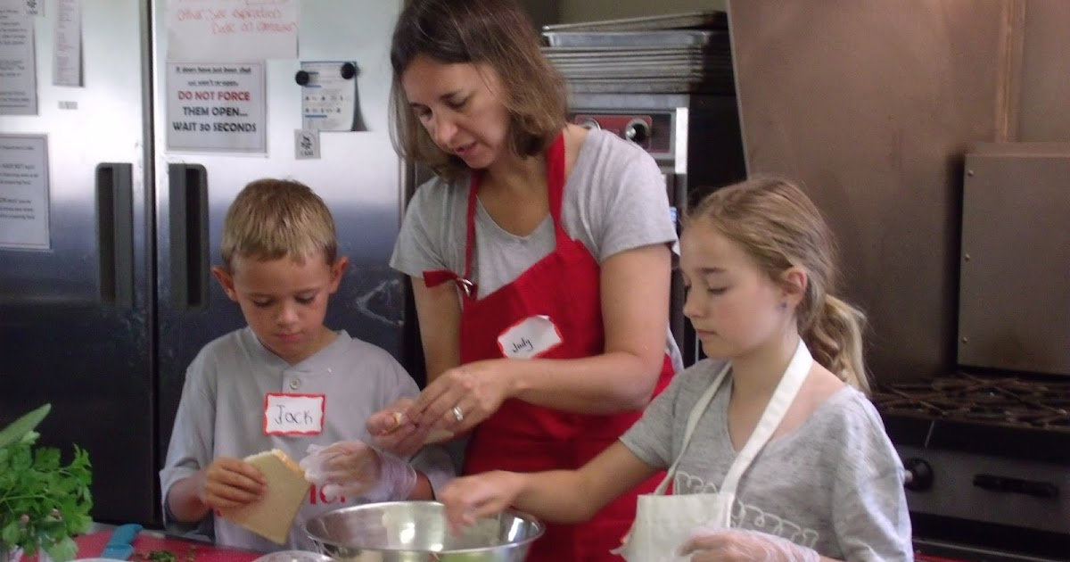 Ann arbor mom blog kids cooking with sprouting chefs for V kitchen ann arbor