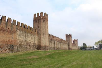 cinta muraria medievale