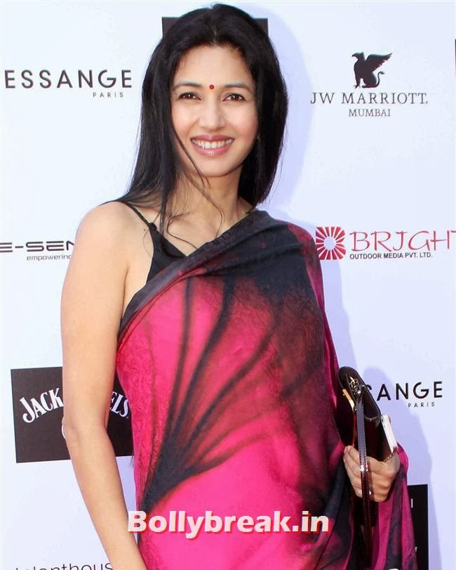 Deepti Bhatnagar, Top Bollywood Celebs at India Resortwear Fashion Week 2013
