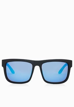 91508aa30 حافظ علي صحه عينيك بارتداء نظارات ريبان Ray Ban - Araby Mall | مول العرب