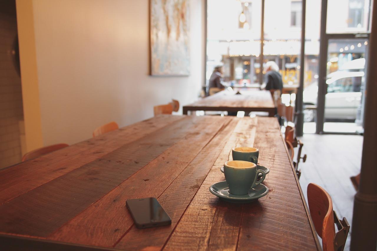 Popijanie kawy online