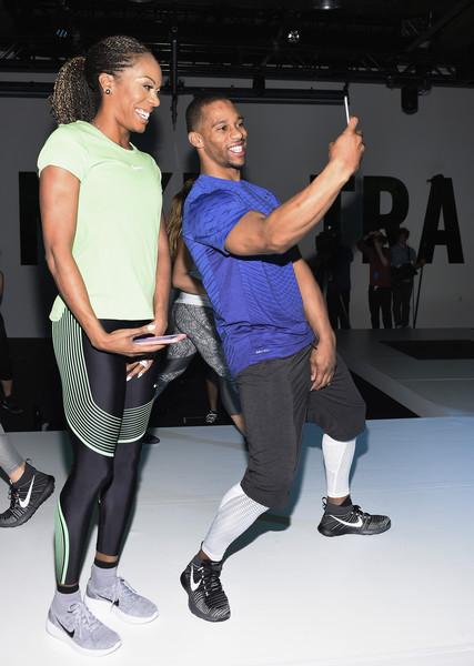 StarrLab  Kevin Hart   Victor Cruz Work Up A Sweat At Nike Live ... 5f2b22825
