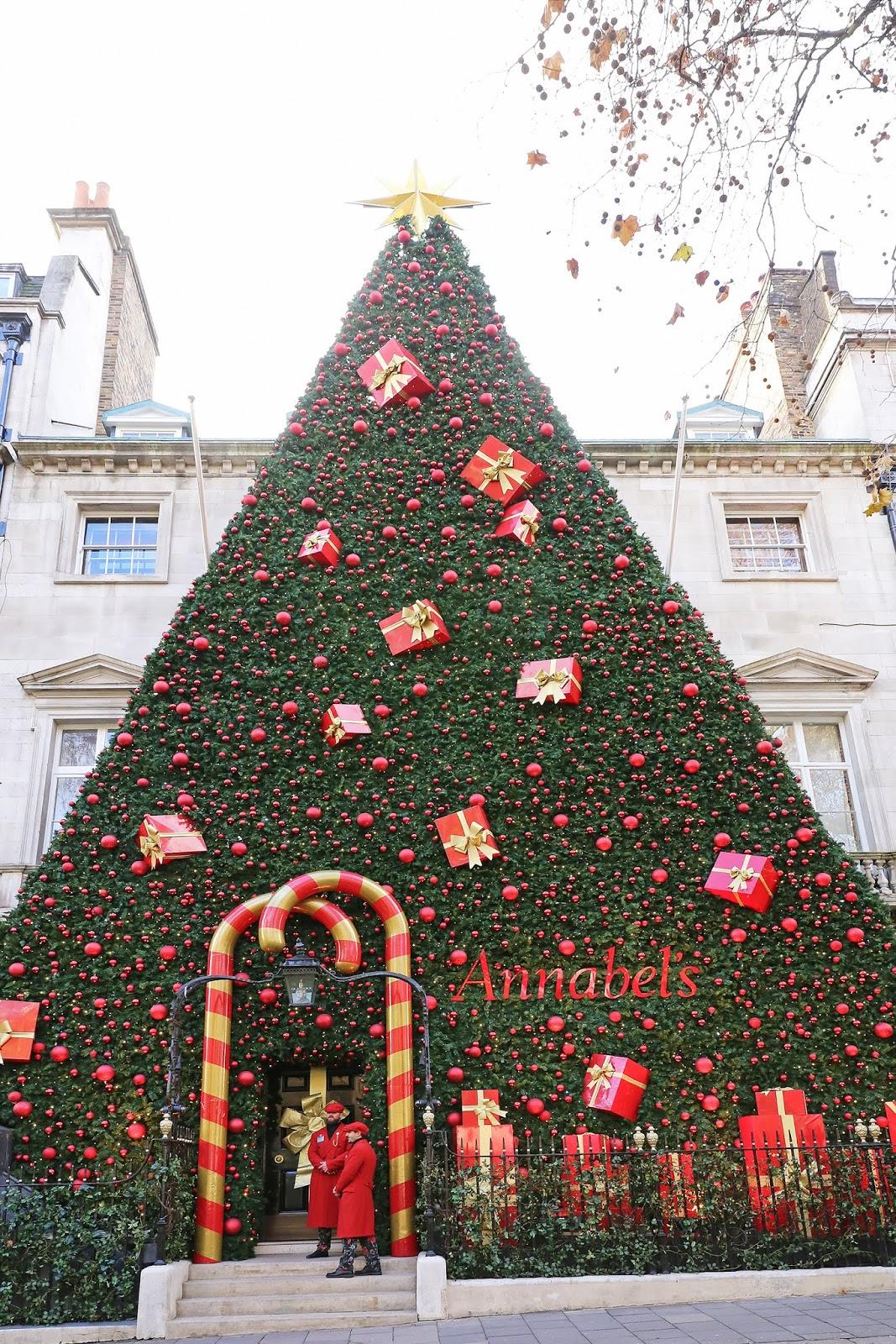 Christmas in London 2018 - Posh, Broke, & Bored