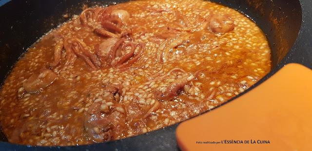 Paella de Arroz con pulpos, popets, arròs, blog de cuina de la sònia, L'Essència de la cuina, cuina facil, cuina mediterrania