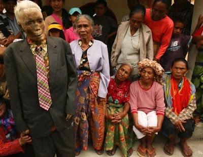 Ritual Paling Menyeramkan di Indonesia 2