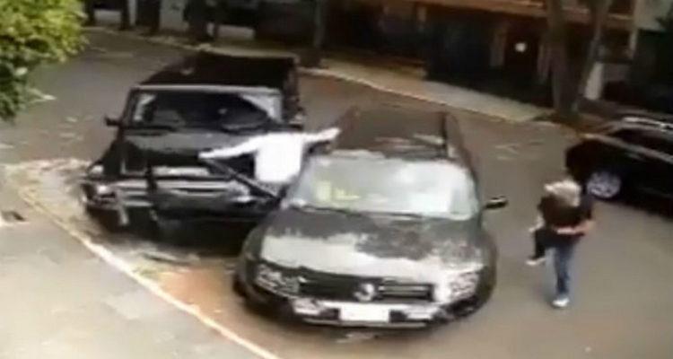 Video: ¡Héroe! Sujetos evitan secuestro impactando camioneta contra criminales en la Condesa