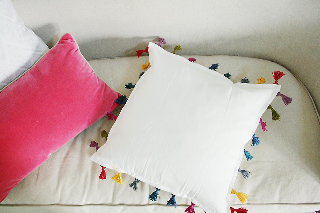 diy tassel pillow darling darleen a lifestyle design blog