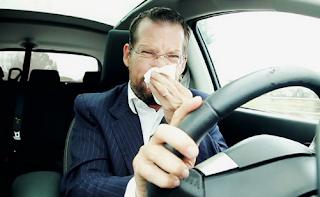 Cara menghilangkan bau pesing di mobil