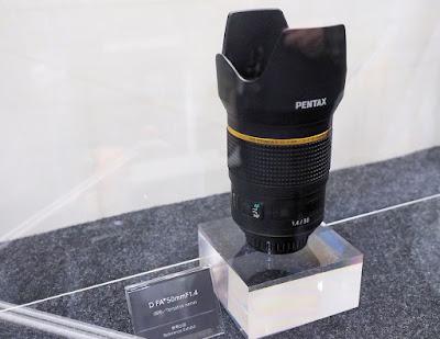 Прототип Pentax D FA* 50mm f/1.4 на выставке CP+
