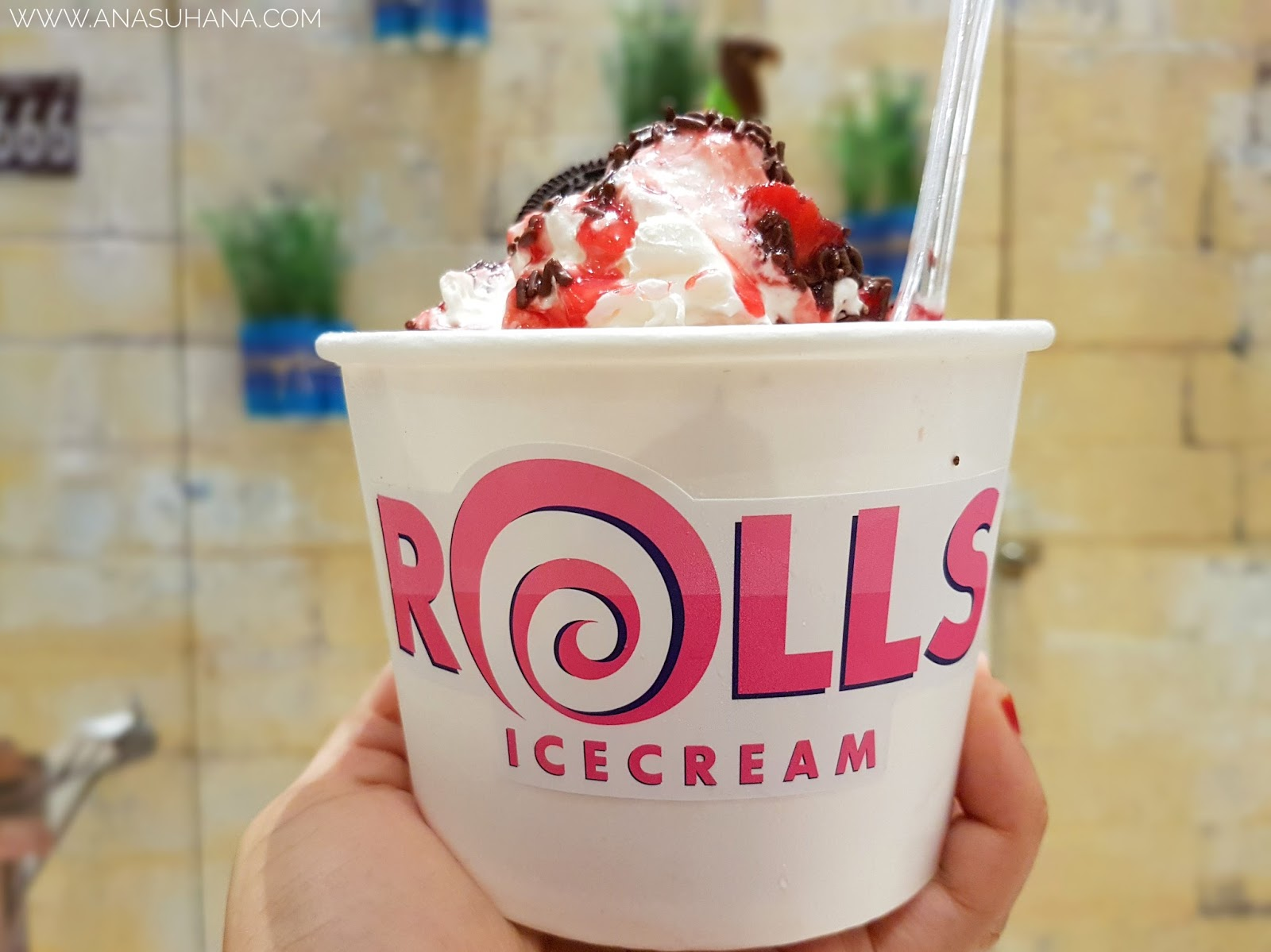 Rolls Icecream Melawati Mall