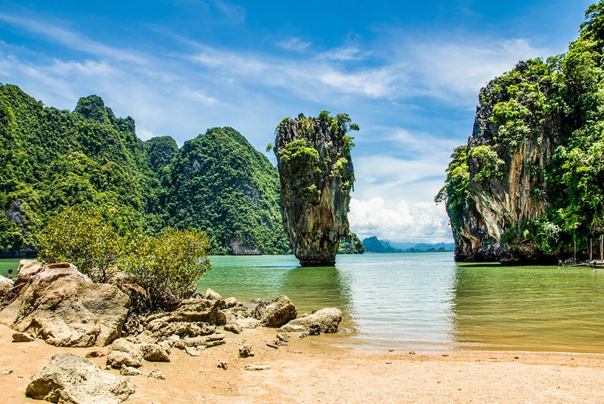 Travel Expectations Vs Reality (20+ Pics) - Enjoying James Bond Island In Thailand