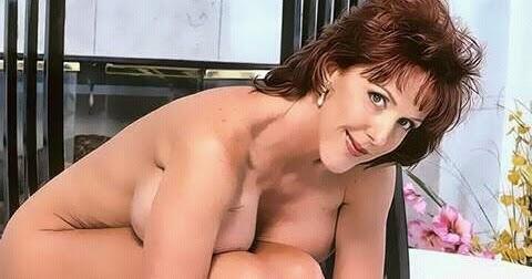 hot mature women foreign affairs