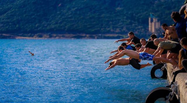 Ηγουμενίτσα: Με λαμπρότητα ο Αγιασμός των υδάτων (+ΦΩΤΟ)