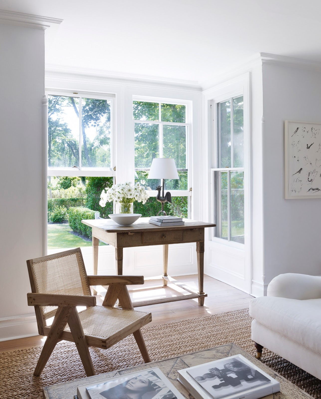 Décor Inspiration: A Bright & Breezy Home in the Hamptons
