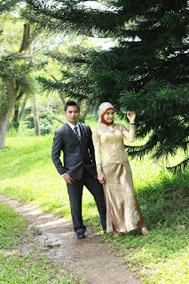 Arisandy Joan Hardiputra & Epi Friesta Dewi Hasibuan : Pre-wedding Jas Formal & Kebaya Hijab