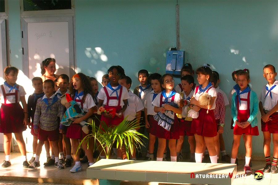 Niños Morón, Cuba