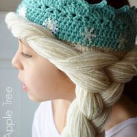 Elsa Crown With Hair Pattern by Over The Apple Tree