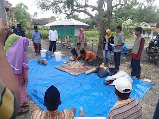 Pembuatan Pupuk Organik bersama Wargan Desa Banteyan Kecamatan Klampis Kabupaten Bangkalan