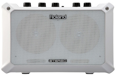 Amply Roland Battery-Powered Stereo Amplifier MOBILE BA