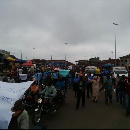 Fayose Must Go to Jail - Ekiti People Roar in Massive Protest (Photos)