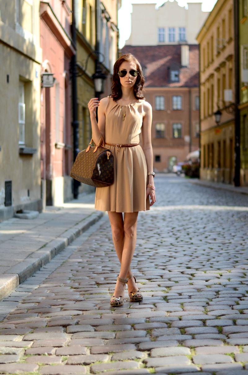 d3eed9d10bc3c ATMOSPHERE dress and belt | LOUIS VUITTON bag | LIKKOLA sandals | RIVER  ISLAND and H&M necklace | H&M bracelet | PARFOIS watch