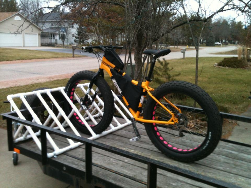 Motoscotch Tuscobia Elf Work Pvc Bike Racks
