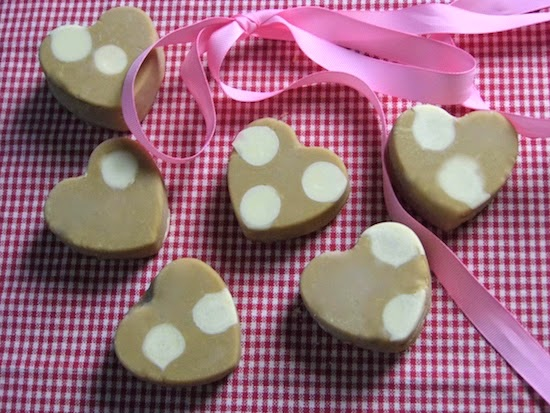 Homemade White Chocolate Vanilla Fudge