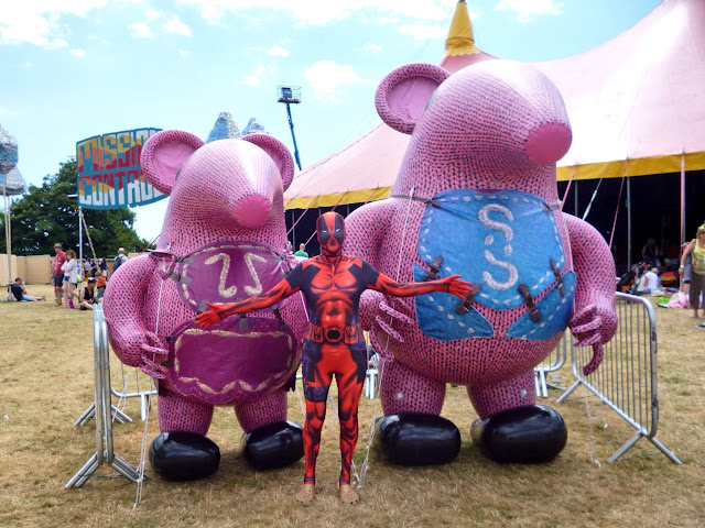 deadpool meets the clangers