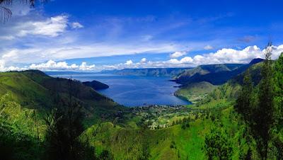 Danau Toba dari Ketinggian (Pixabay)