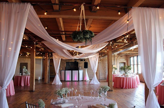 Affordable Budget Wedding Venues Chicago Pinstripes Chicago Il