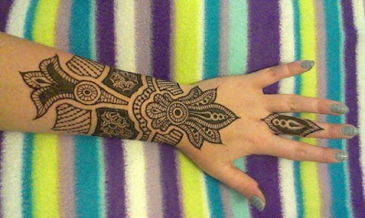 New-style-arabic-eid-mehndi-designs-2017-for-upcoming-eid-9