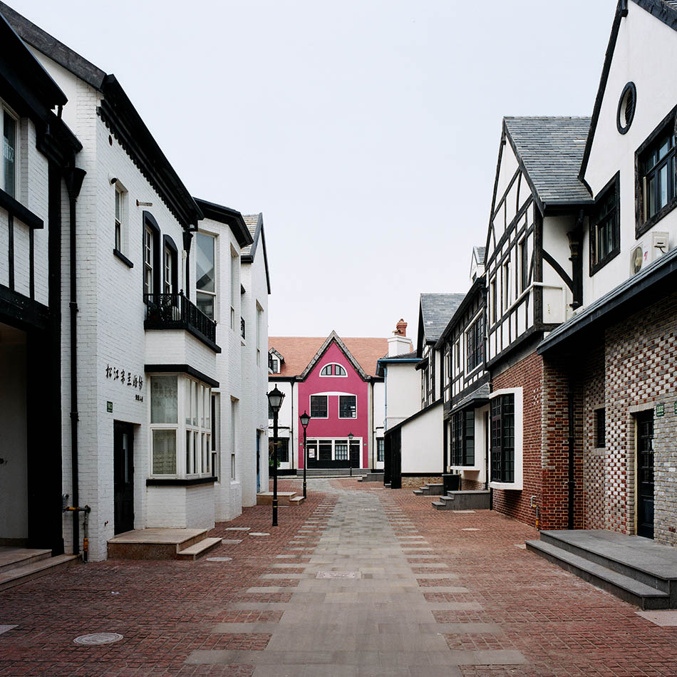 THOUGHTS ON ARCHITECTURE AND URBANISM: Thames Town