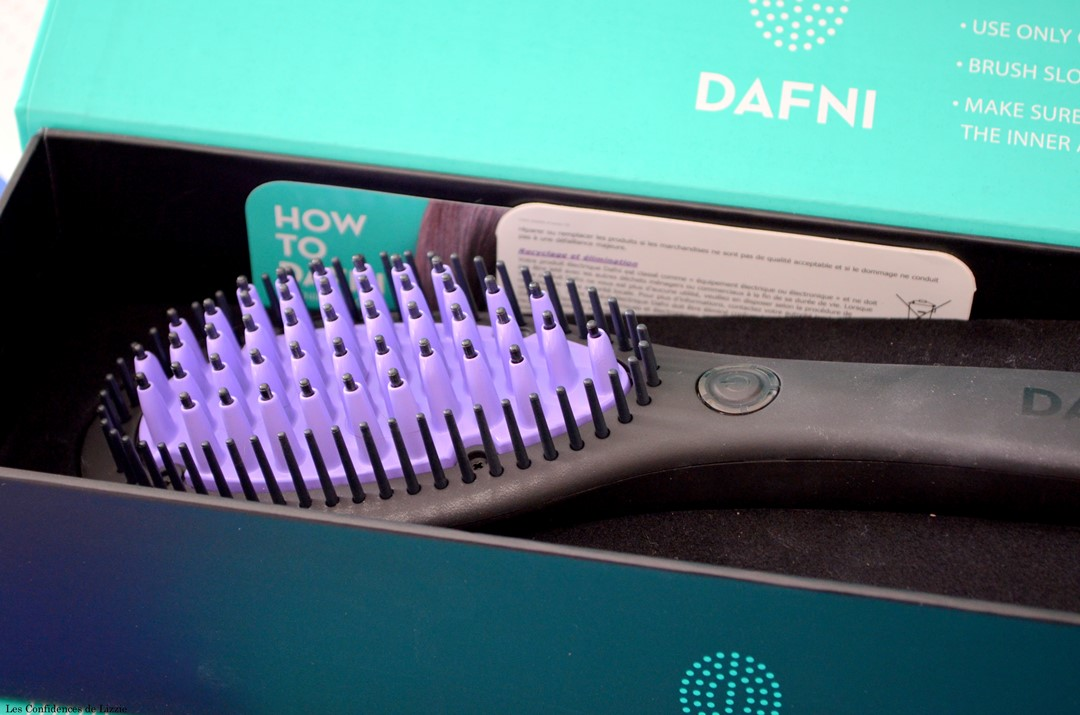 brosse chauffante - brosse lissante - brosse a cheveux - brosse pour lisser - brosse chauffante effet brushing - brushing facile - brushing rapide - se coiffer facilement - se coiffer rapidement