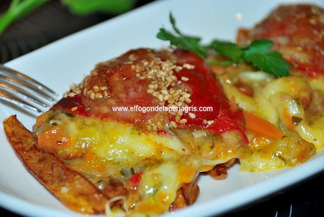 Pimientos rellenos de verduras y queso