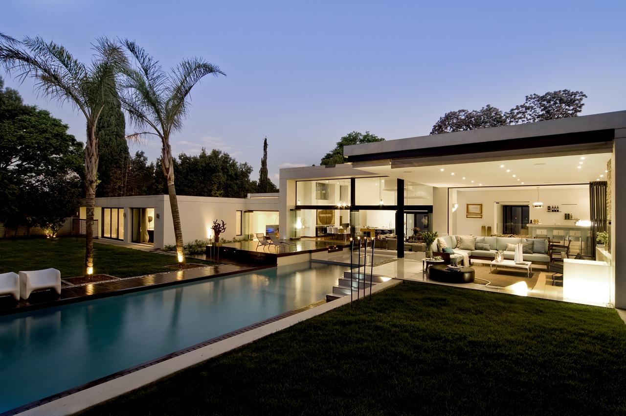 World of Architecture: March 2013 on Amazing Modern Houses  id=43265