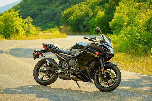 Yamaha FZ6R 2014 - Kekal Hebat, Grafik Lebih Garang