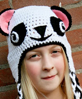 http://revlie.typepad.com/revolution/2013/11/free-crochet-pattern-pandahat-revitup-style-for-moodkids.html